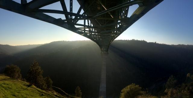 Dozens cited for trespassing on Foresthill Bridge catwalk http://t.co/Dj4DGVVbXW http://t.co/IniDUbf34L