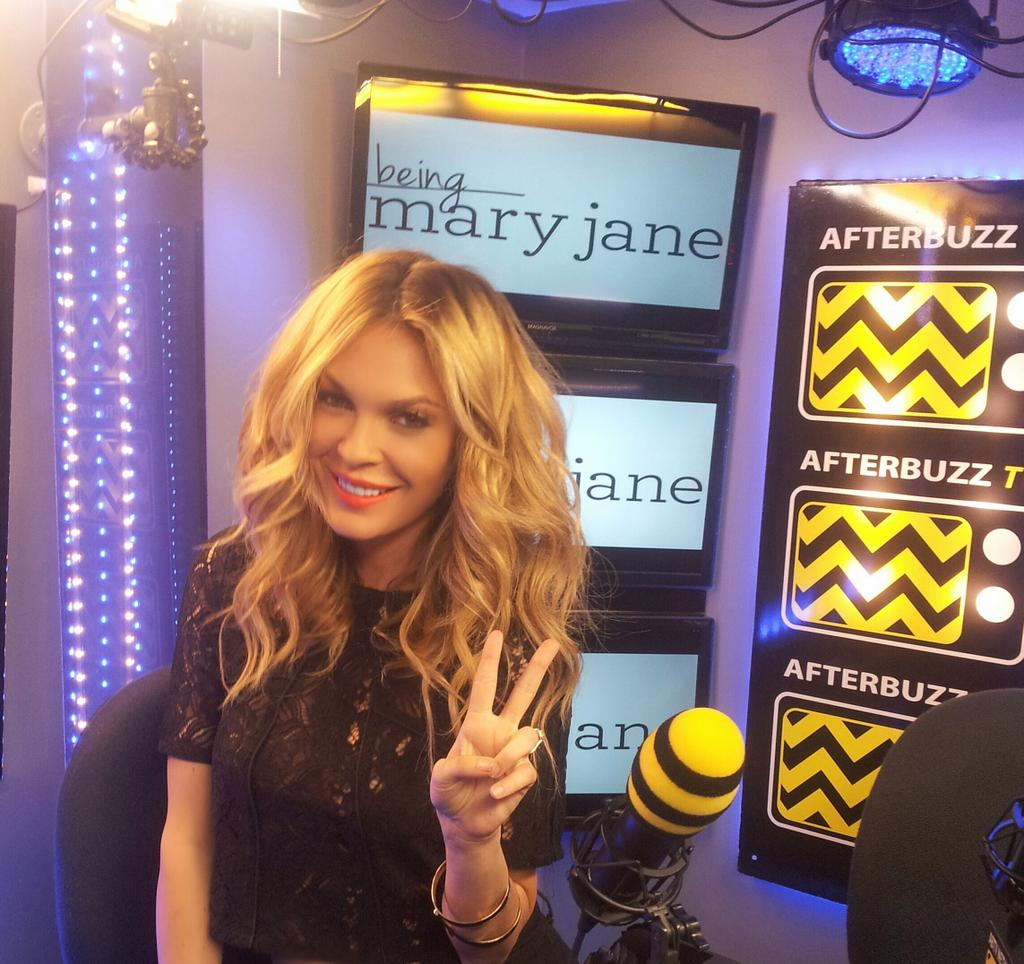 Talking about my role on @beingmaryjane for  @afterbuzztv #beingmaryjane http://t.co/pqHYkLEkdA