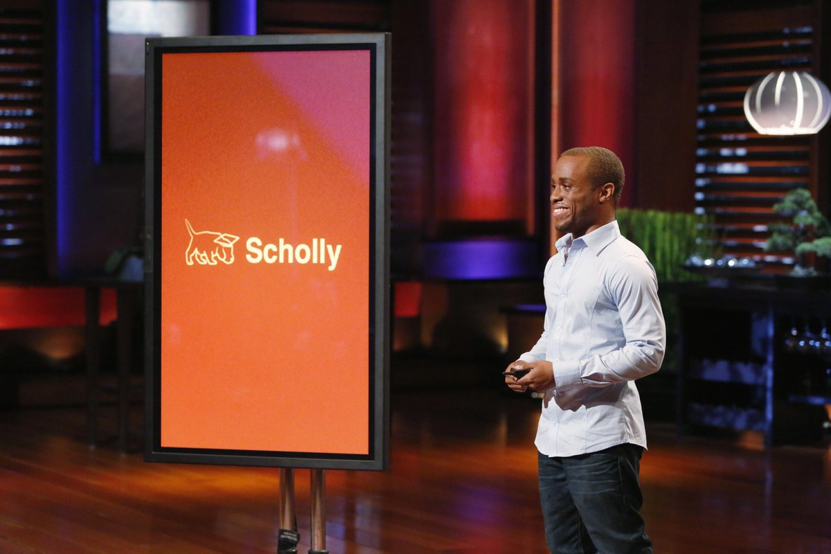 Don't miss #Drexel student Chris Gray's pitch on @ABCSharkTank tomorrow for his @Scholly5 scholarship search app http://t.co/6mhuSsn3Gd