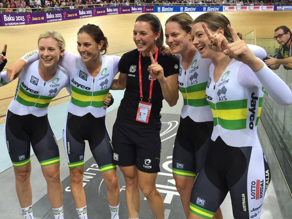 Congratulations Australia's newest world champions @ash_lee666 @amylcure @NettieEdmo @MelissaMHoskins #aussiecycling http://t.co/CGB2mPxGGb