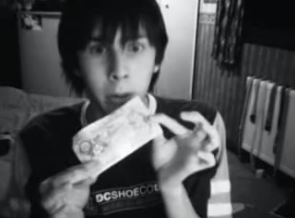 One day, @AmazingPhil got bored and decided to vlog. The rest is history. http://t.co/5Z0k15bRTn #tbt http://t.co/OO8BMLFigc