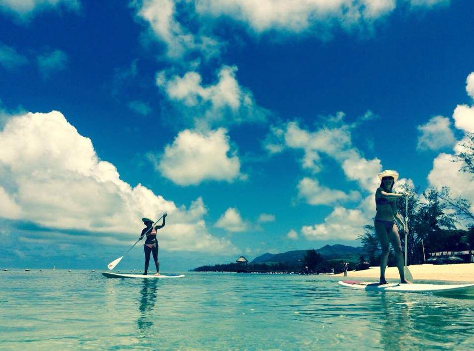 Have you tried #standuppaddleboarding? It's one of our guest favorites! via @OutriggerMU #watersports #travel http://t.co/frHHle2V6p