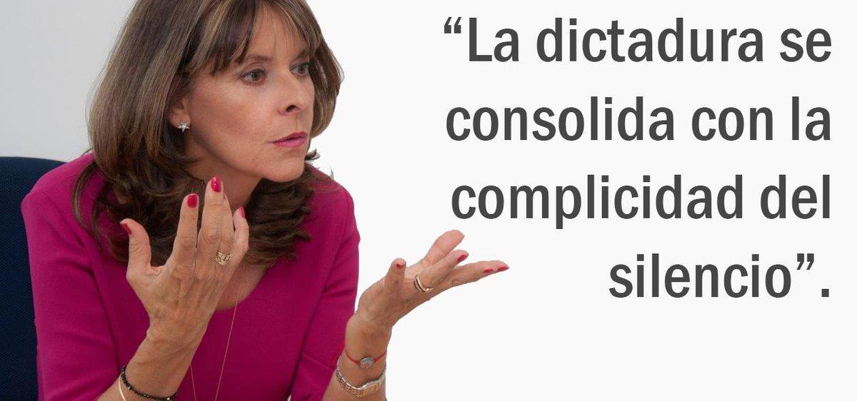 La dictadura se consolida con la complicidad del silencio. #LiberenALeopoldo #LiberenALedezma #Democracia http://t.co/FDrgv0pKnP