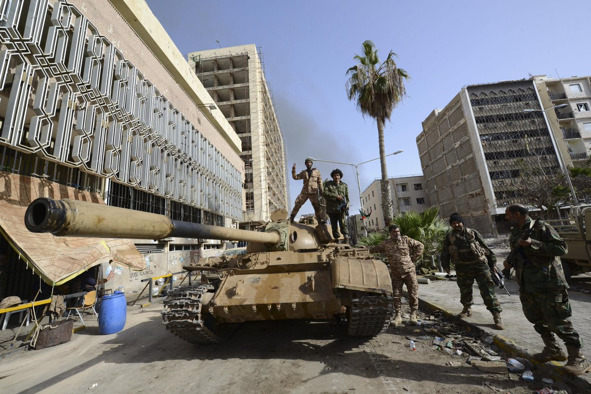 Libya is now a failed state—thanks in large part to Washington's intervention: http://t.co/DCXHiEAnjO http://t.co/wOxxKWkyOn