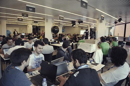 Empieza la cuenta atrás para la #hackathon en @EPSAlicante Aquí tienes más info ;-) #ibhd http://t.co/lLkCLMRkc4 http://t.co/naHotbzpUt