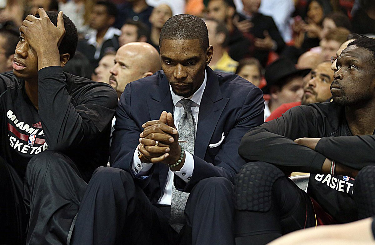 Miami Heat's Chris Bosh could miss remainder of the season with blood clots on his lungs http://t.co/SvwfIGbdR8 http://t.co/fn0c37cbdO