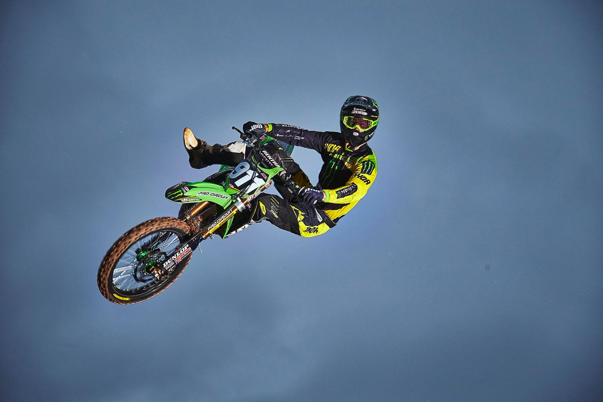 Shout out to Monster Energy / Pro Circuit / Kawasaki rider @tbowers911 for #FollowFriday http://t.co/vKiQTVDXV9