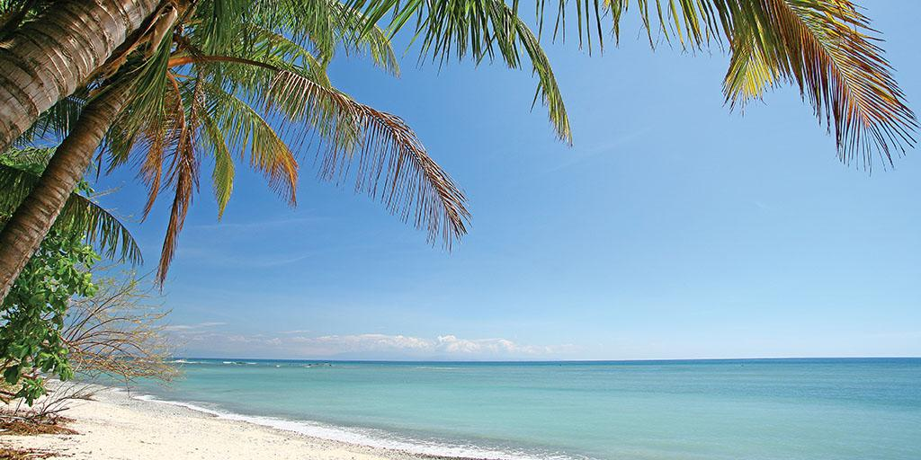 In Nicoya the hardest work you'll do, is deciding how long you want to relax. http://t.co/1uoeE70hij