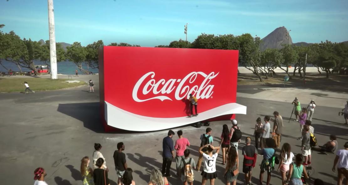 Coca-Cola Creates a Logo You Can Skate on http://t.co/H9HnG5FCXb  #guerrilla #marketing http://t.co/isDwbAVnsy