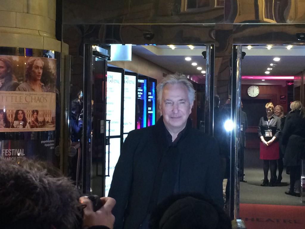 Alan Rickman arrives at @glasgowfilmfest #GFF15 http://t.co/C0rSuK3GIu