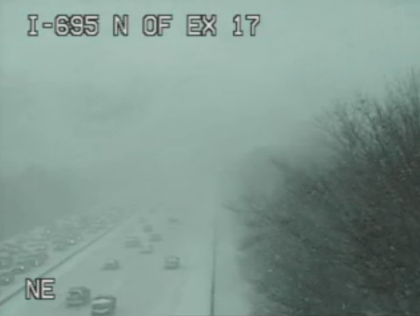 NON-EMERGENCY TRAVEL IS DISCOURAGED. Heavy snow continues. #MdWx [PHOTO] http://t.co/5YtsRF9Zgp