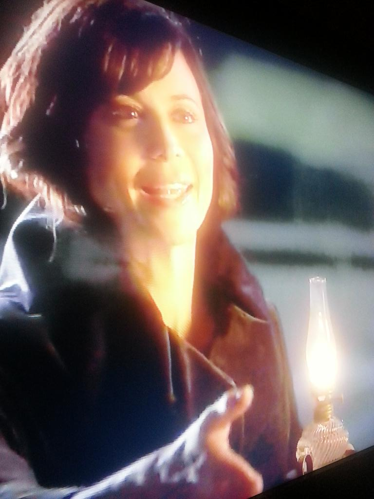 @reallycb Congratulations to the cast and crew on a magical new chapter! ☺ #GoodWitch Thanks @hallmarkchannel ! http://t.co/AKgEoh5j7s