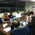AHORA Se activa ALERTA AMARILLA para Villarrica, Pucón, Curarrehue y Panguipulli por actividad de volcán VILLARRICA http://t.co/3V3gPTQWUR