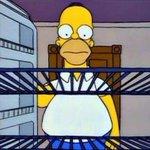 Yo, todas las noches cuando abro la refri y no encuentro nada de comida : http://t.co/bJ9pf24kAZ