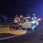 Puente JP II colisión 2 vehículos, 3 lesionados. ABC en el lugar. @biobio @CEBioBio @segundasanpedro http://t.co/27jK0v4XdE