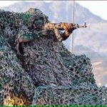 أحد رجال الأمن في وضع استعداد وجاهزية، خلال تدريبات #وطن85 لرجال الأمن على الحدود الشمالية. #السعودية #saudi #ksa - http://t.co/Zfp3VaaLLL