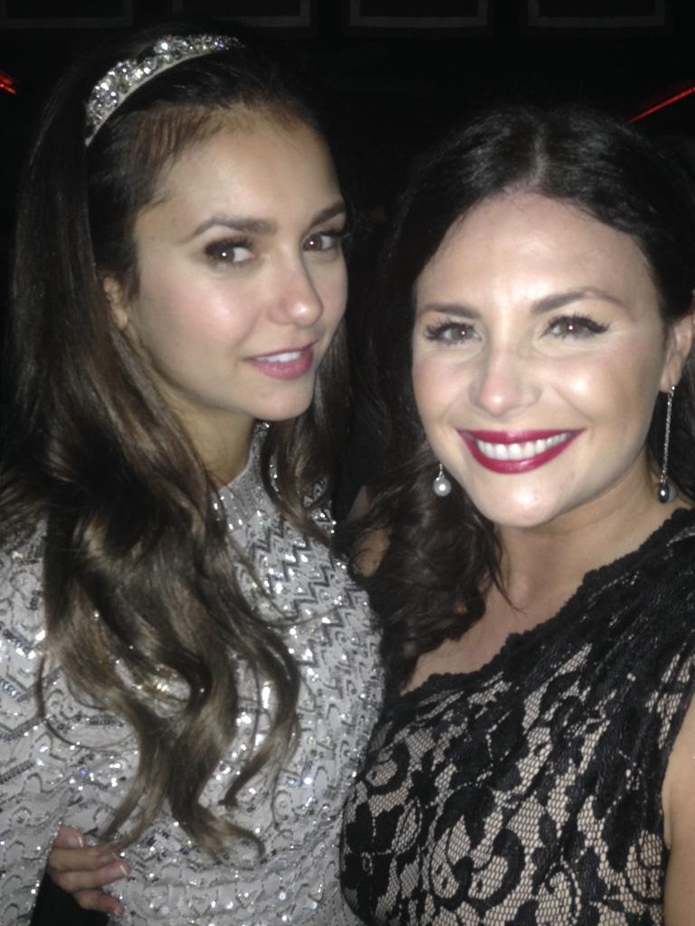 Having a natter with the gorgeous star of #TheVampireDiaries @ninadobrev! @LisaCannonXpose @GreyGoose #Oscars2015 http://t.co/R8gcF1nk2J