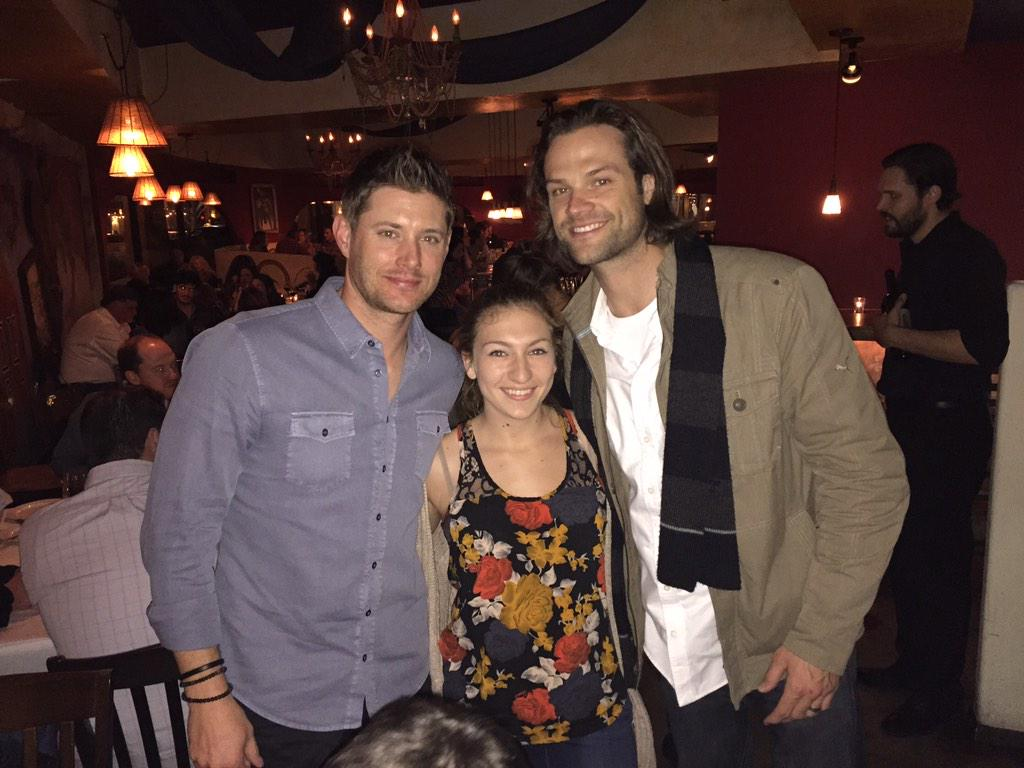 Guess who I spotted at dinner tonight? Jared Padalecki and Jensen Ackles!  Any Supernatural fans out there? @cw_spn http://t.co/VtnaGtlfUN