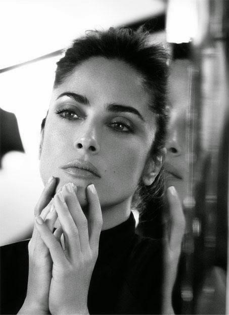 Черно-белая фотосессия прекрасной Сальмы Хайек для журнала The Edit #КПлюбуется http://t.co/crqpiXPQUN