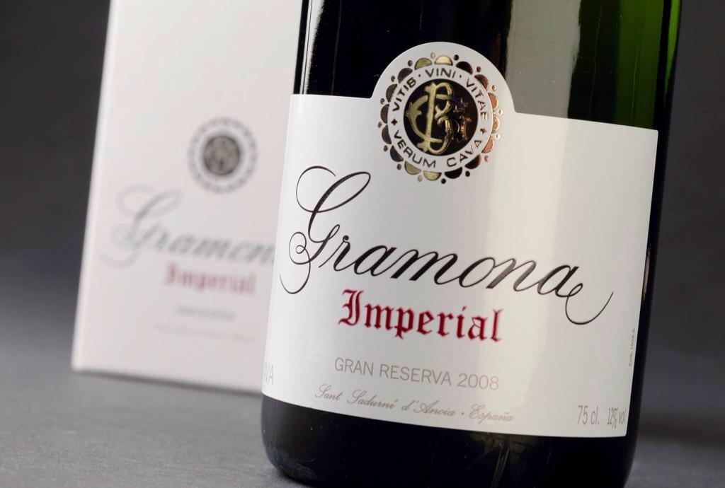 Muy contentos por el Premio @Verema a mejor vino espumoso del año a #Gramona Imperial GR 2008! Gracias! #VeremaVLC http://t.co/4kisQHpR7i