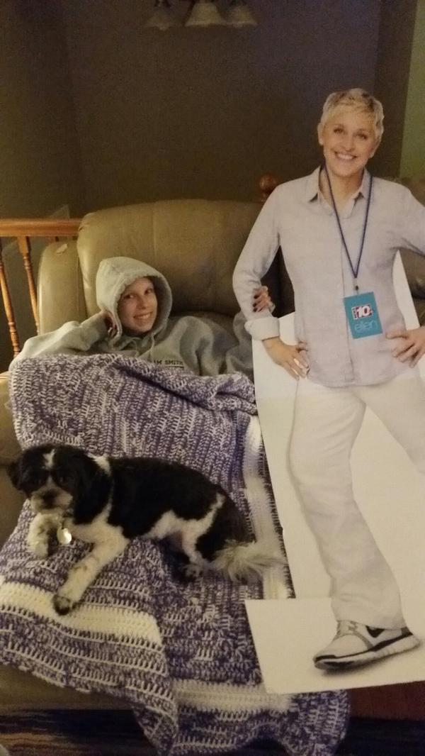 Courtney hung out with cardboard Ellen yesterday, but we want her to meet the REAL @TheEllenShow #GetCourtneyToEllen http://t.co/h8UKcGZ5EX