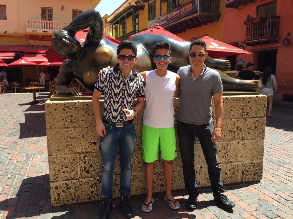 En Cartagena Grabando nuestro nuevo Video de la canción Te amo @DUBANBAYONA @maikeloficial http://t.co/lO1tydrlAq