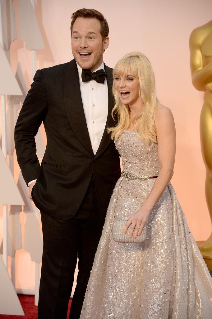 #CuteCoupleAlert! @Prattprattpratt & @Annakfaris are adorable! RT if you agree! #Oscars2015 http://t.co/iCRmXR7IeD http://t.co/8YnwKMx8D2