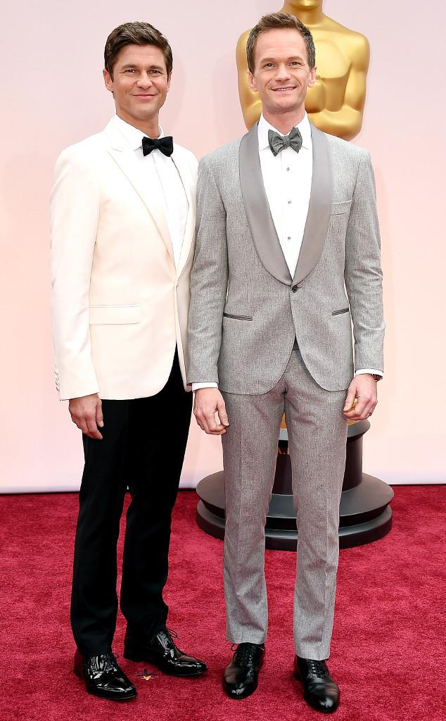 Oscars host Neil Patrick Harris & David Burtka arrive on the ERedCarpet!