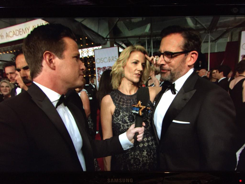 "@SteveCarell tells Billy Bush he makes his wife call him ""Oscar nominee"" now! Haha #notreally #Oscars2015 #Access http://t.co/IpJmd10sQj"