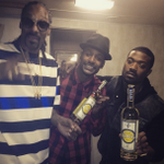 RT @SnoopDogg: drink of choice @cuca__fresca ! @jackielong @rayj http://t.co/yHZUgvBVOw