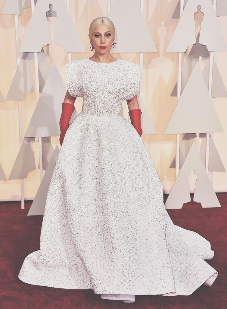 Lady Gaga in Azzedine Alaia. Now this is a fashion moment. Not everyone will get it, but that's the best part. http://t.co/rPd0LHgb5G