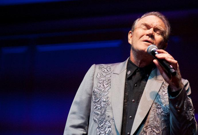 """Why """"I'm Not Gonna Miss You"""" is such a moving coda to Glen Campbell's remarkable career: http://t.co/R54LJ8yHoP http://t.co/7udIkZYzD6"""