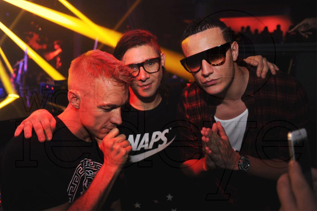 .@djsnake collabs with @MAJORLAZER x @Skrillex have hit the net!  Take a listen: http://t.co/WqXwHy6KYS http://t.co/PuJJ4Pl5KK