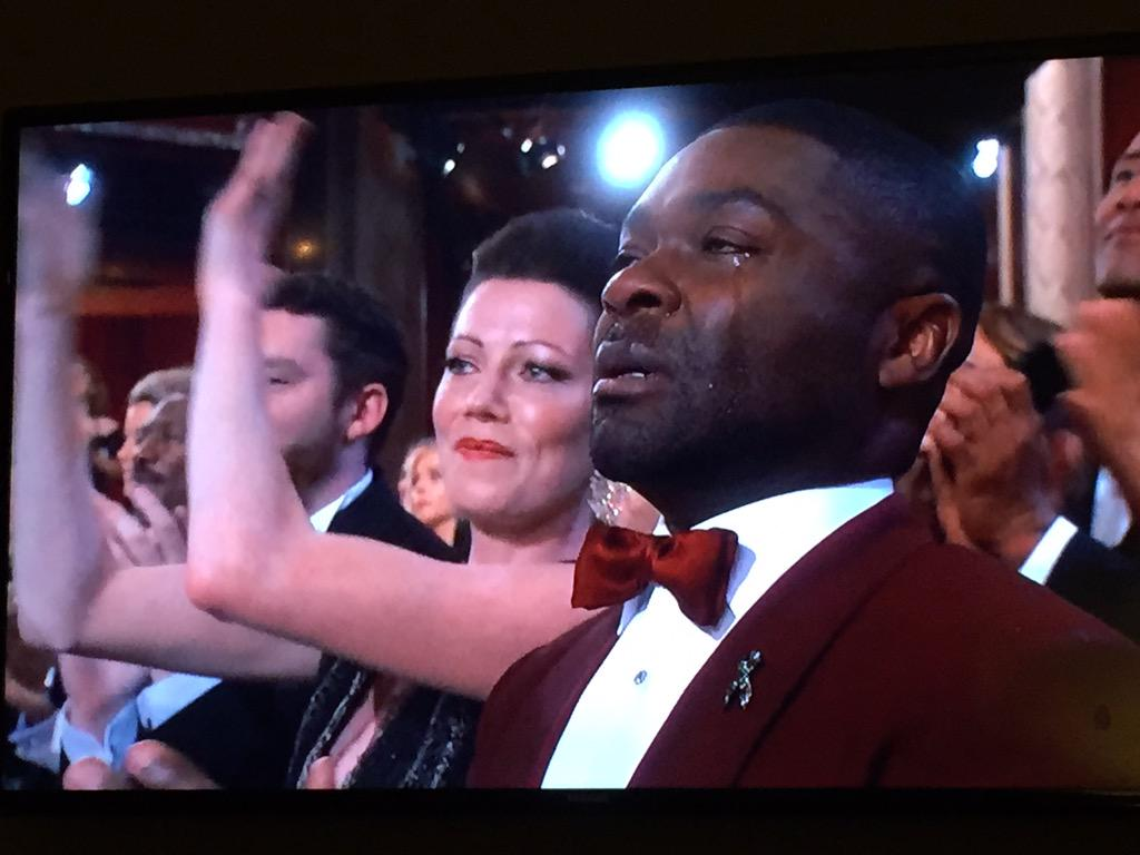 Wow, GLORY brings the house down. Also brings David Oyelowo to tears #Oscars2015 http://t.co/hCzPG4Nswo