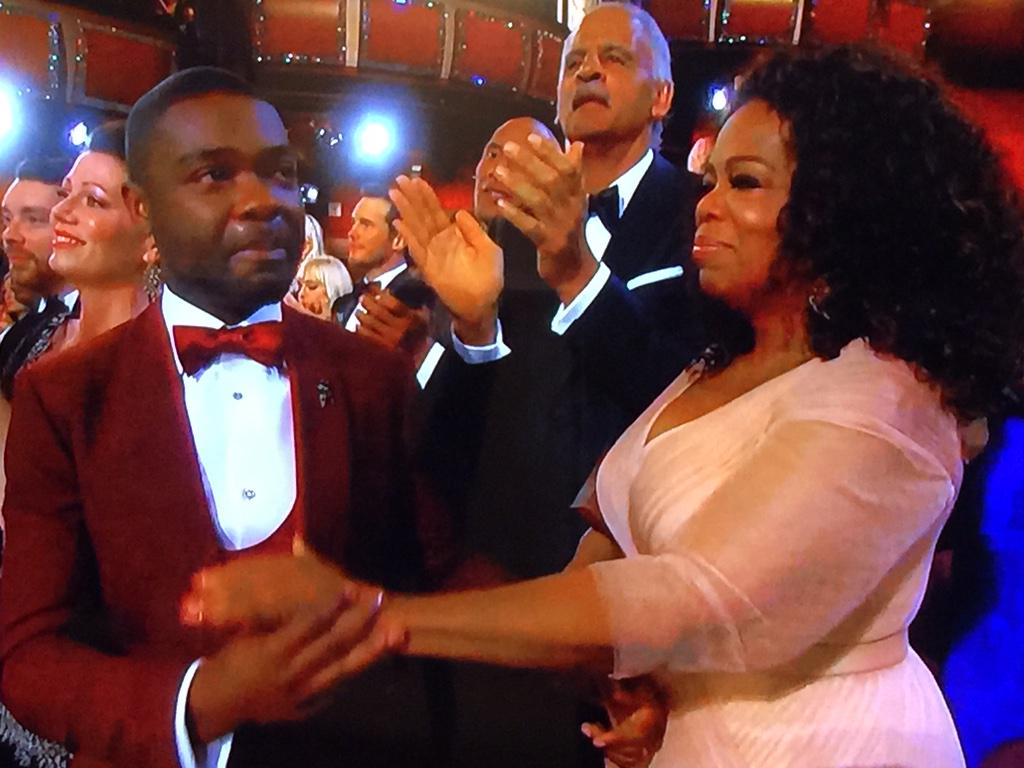 This photo of David Oyelowo and @Oprah speaks volumes.   #Oscars2015 http://t.co/8zSzNGjvj4