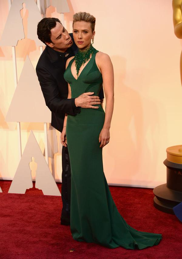 #JohnTravolta is 50 Shades of Uncomfortable tonight... #Oscars2015 http://t.co/xxUrNDJRag