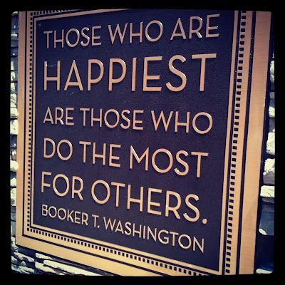 """Those who are happiest are those who do the most for others."" http://t.co/sT57W6BPxV /via @Herschberg"