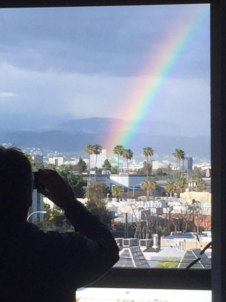 A rainbow visits the #AgentsOfSHIELD office. #Bifrost http://t.co/D8UWtM6WGM