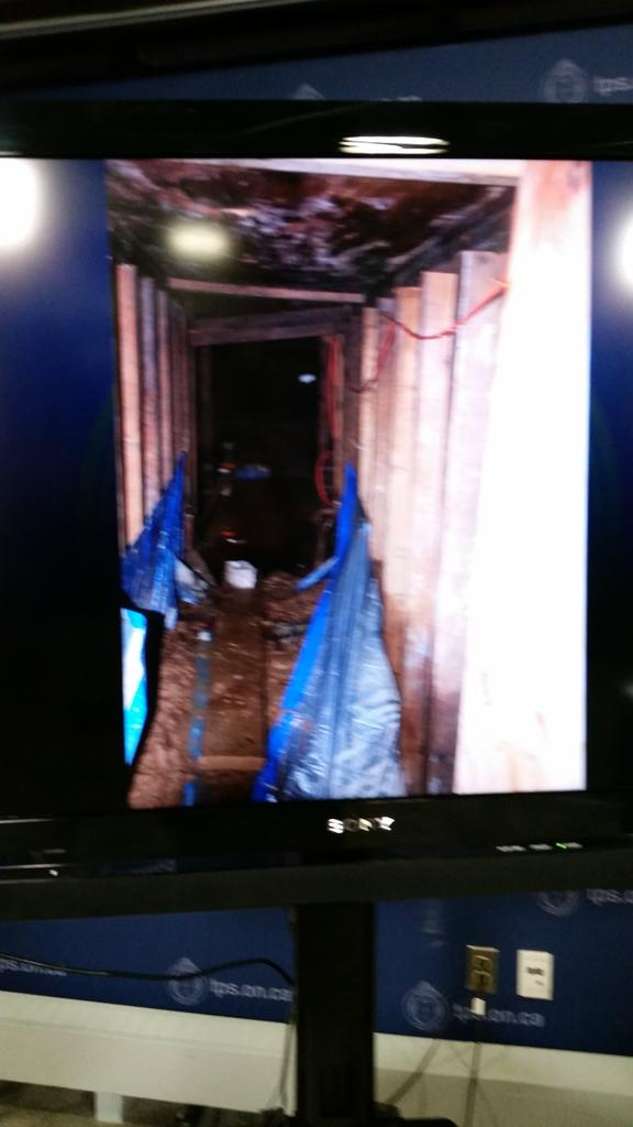 Images of the mystery tunnel found near York U http://t.co/2FWfLNuUwV