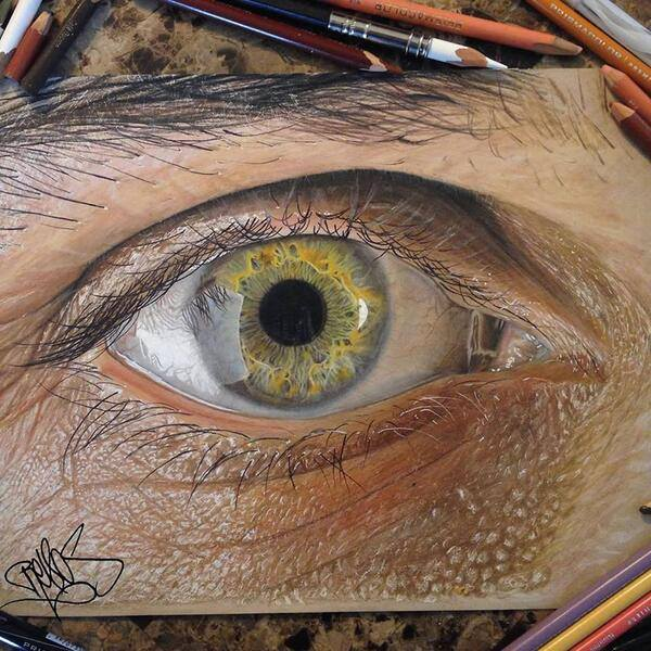 This is an eye drawn with colored pencils: http://t.co/3juKy3G942