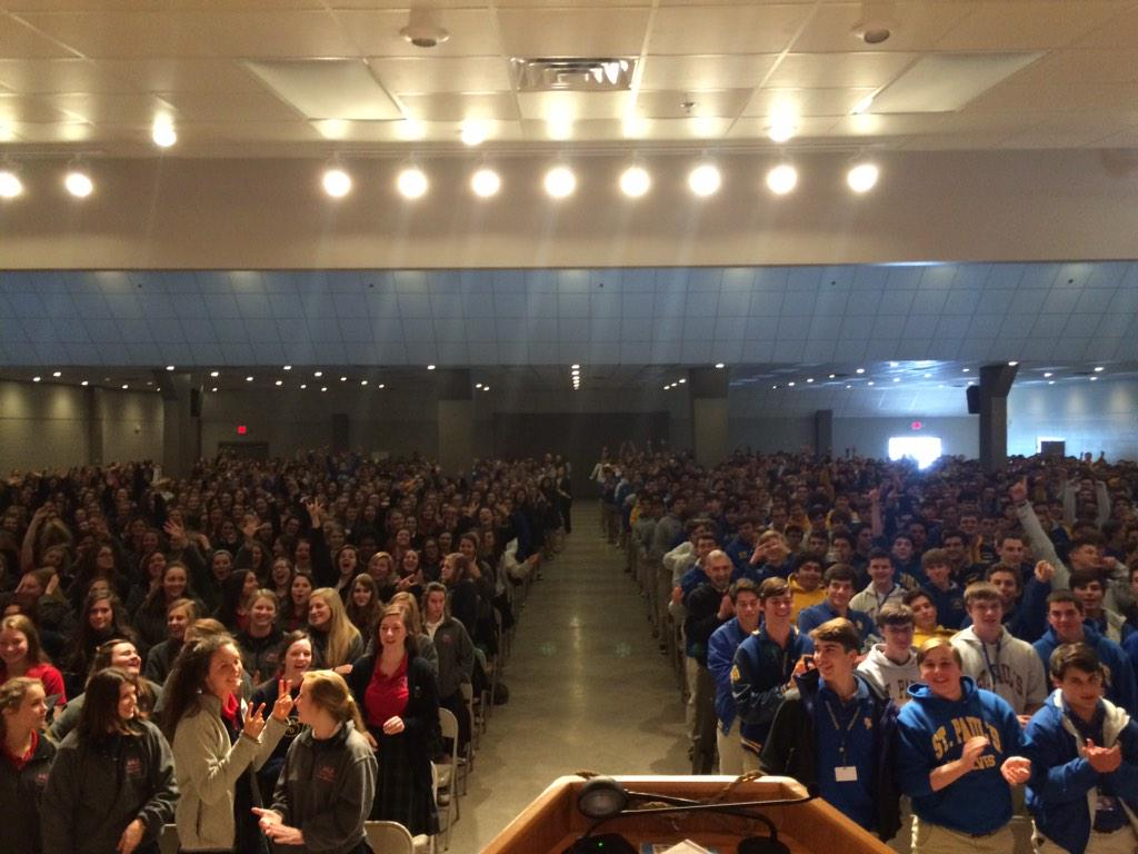 1600 teens giving a standing ovation to a chastity talk? Mark my words: watch what this generation becomes! http://t.co/w8C0dKG3Q4