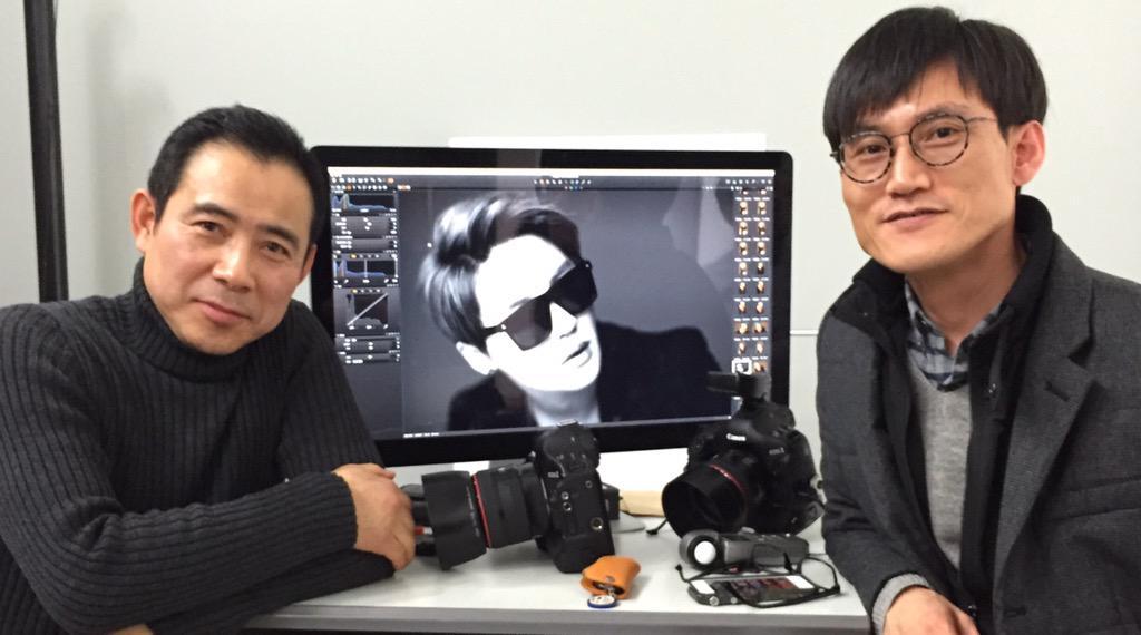시아준수씨 Nine Half 화보 촬영장에서.  세계적인 작가 KT Kim, 작가님과 기념촬영^^ 정말 인품도 일류십니다. 모두 수고하셨습니다. http://t.co/eX1nETbieG