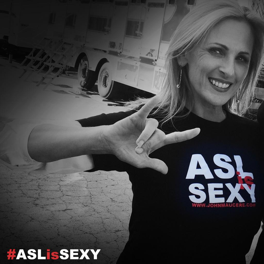 @marleematlin owns an #aslissexy shirt. Do you have one? If not, get it online http://t.co/RGABhsicf2 http://t.co/rN2A7L04kD