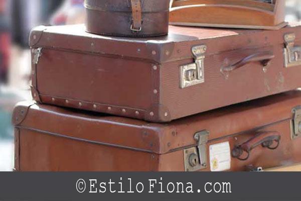 Estilo Vintage  y maletas ideales para la decoración.. http://t.co/Zv7wF5E6pB http://t.co/fO8gtJH3FV