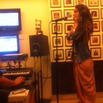Congrats @ShraddhaKapoor for winning the GIMA last night !Here's a pic of you rehearsing for #galliyan ! @mohit11481