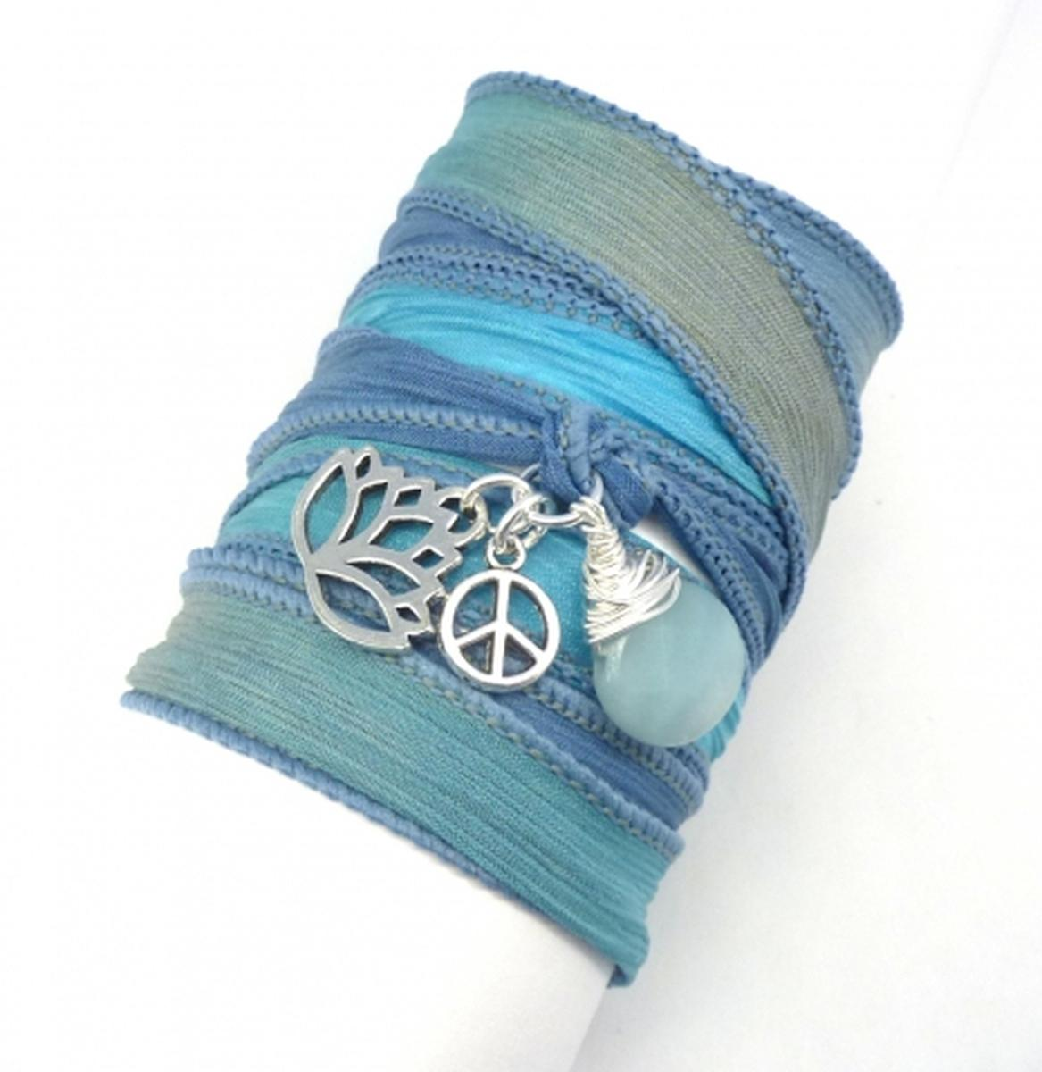 Experiencing a new beginning in your life? The lotus is the perfect talisman. http://t.co/0nxbnoIzuI http://t.co/RQEQOZtbrl