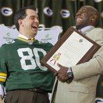 NFL players association takes on Scott Walker http://t.co/KtY3A2kmw7 http://t.co/Y8dDNldWiB