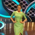 RT @PriyaManiWeb: [Unseen] #D2 @priyamani6  Beauty in green♥♥♥ http://t.co/pah4AFuoJt