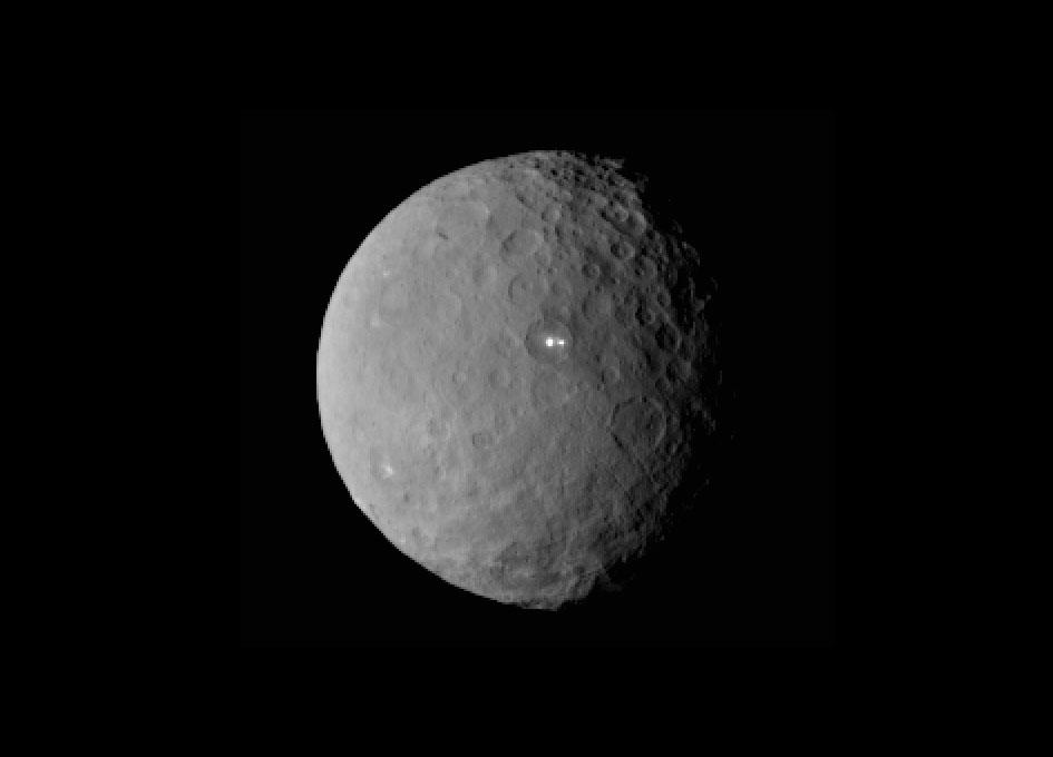 Bright Spot on Ceres Has a Dimmer Companion http://t.co/FgF19VJLp1 http://t.co/F6fdQyU1M5