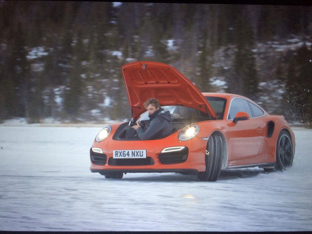 Now, this is how you do a tracking shot. Thanks for the lift @tomwookieford http://t.co/B4X6S2n19a